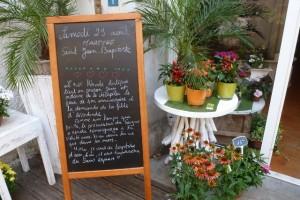 Flower shop sign 29 august